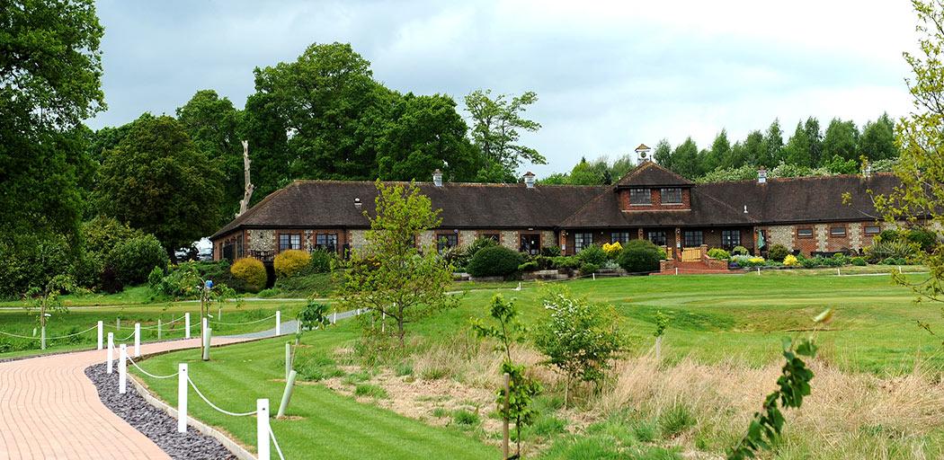 Popular-reigate-hill-golf-club-wedding-venue